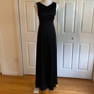 Theory Long Black Elea Evening Gown Dress Size 4 NWT